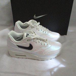 NEW Nike AIR MAX RIDE IRIDESCENT Running Sneaker